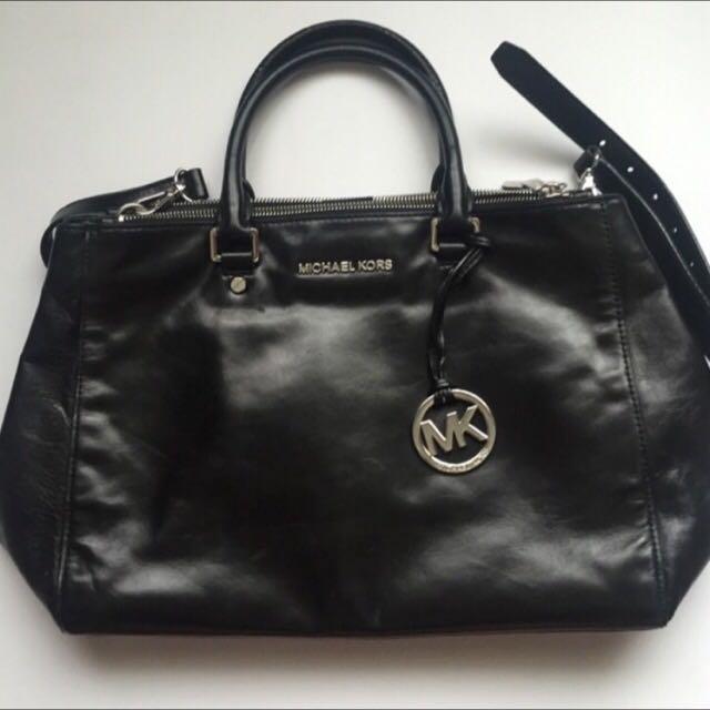 (sold)authentic michael kors bag
