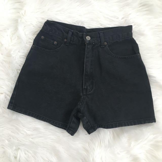 Black Highwaisted Shorts