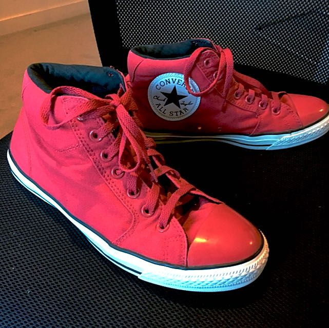 Converse All Star Chuck Taylor High Top Red
