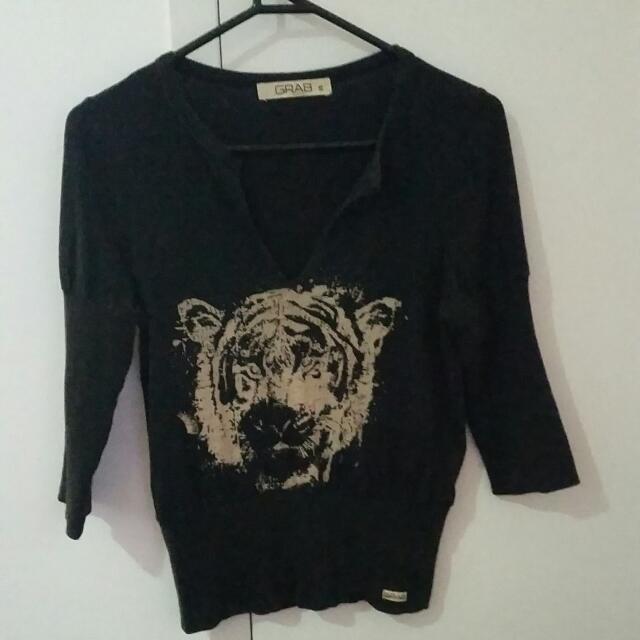 Grab - Tiger Top. Size S