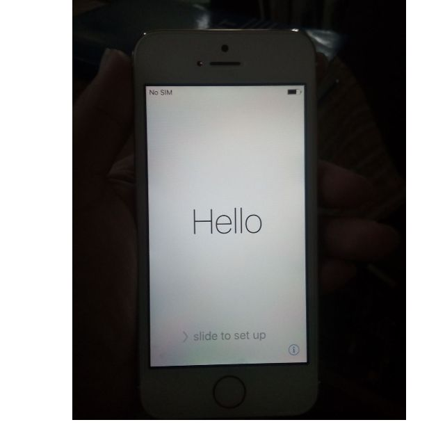 iphone 5s 16 g gold( brand new)