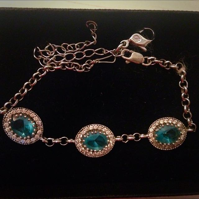 Italian Made Silver Bracelet With Topaz Gemstone