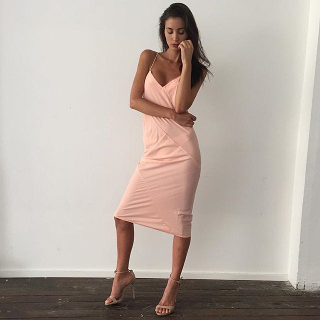 RENTING - Maurie and Eve Sunrise Dress
