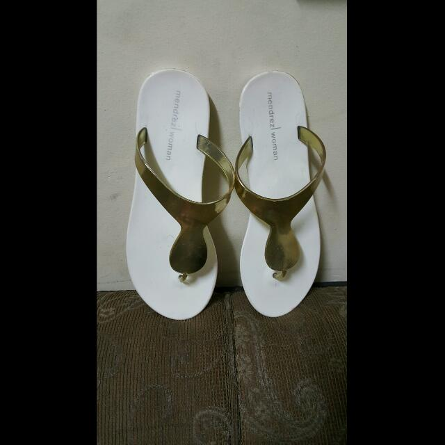 Mendrez Slippers