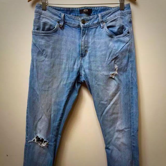 Neuw Boyfriend Jeans Size 9