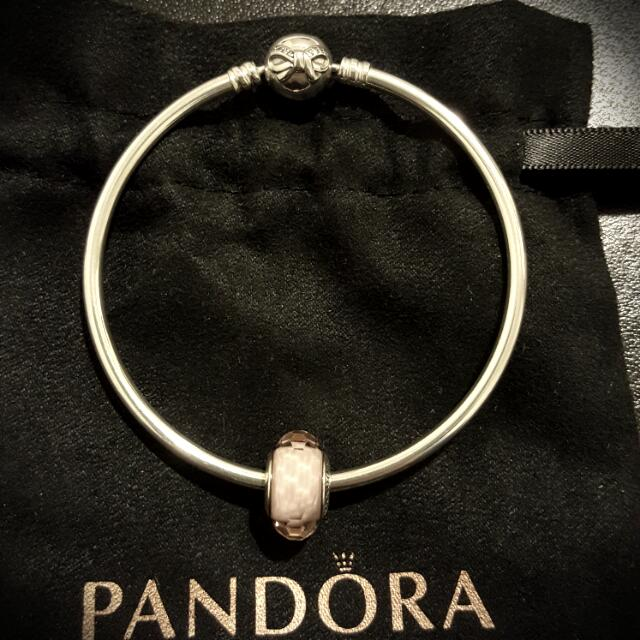 Pandora Bow Bangle With 1 Charm