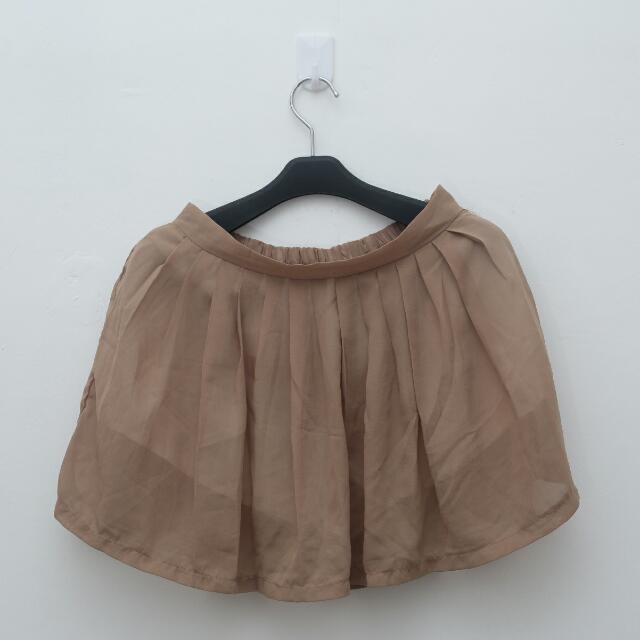 Soft Brown Short