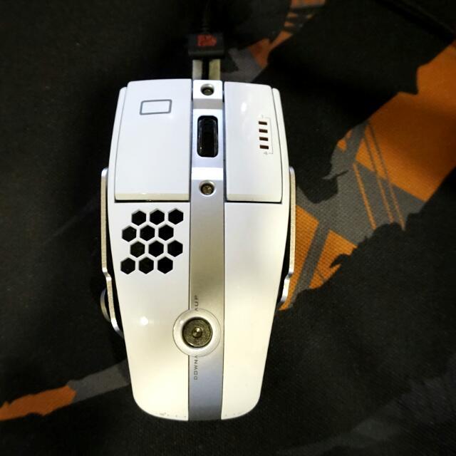 Tt level 10 M  電競滑鼠