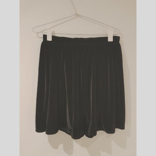 Velvet Skirt Size M