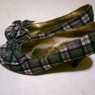 專櫃低跟格紋鞋22.5