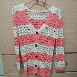 粉色大勾針針織外套