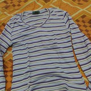 Sweater Ungu Garis Garis