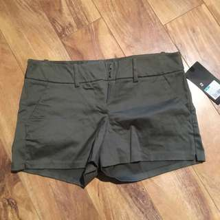 Mossimo Short Paris Green Size 2