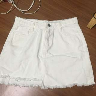 免運💕 白色 破鬚 短裙