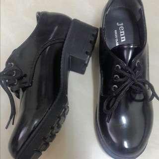 全新百搭增高黑鞋
