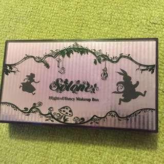 夢遊仙境彩妝盒+裸色打底眼膏