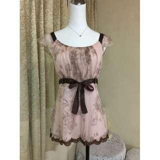 專櫃設計師 貝爾尼尼 BERNINI 100%蠶絲雪紡蕾絲緞帶上衣M號