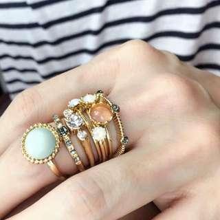 復古 民族 寶石 水鑽 戒指 組 八入 $150
