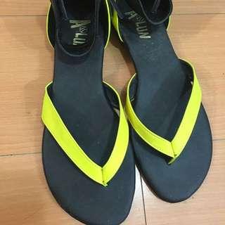簡約時尚夾腳式涼鞋~撞色款