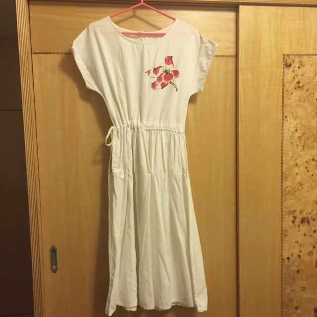 白色原宿風洋裝
