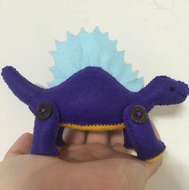 不織布 純手作 恐龍娃娃