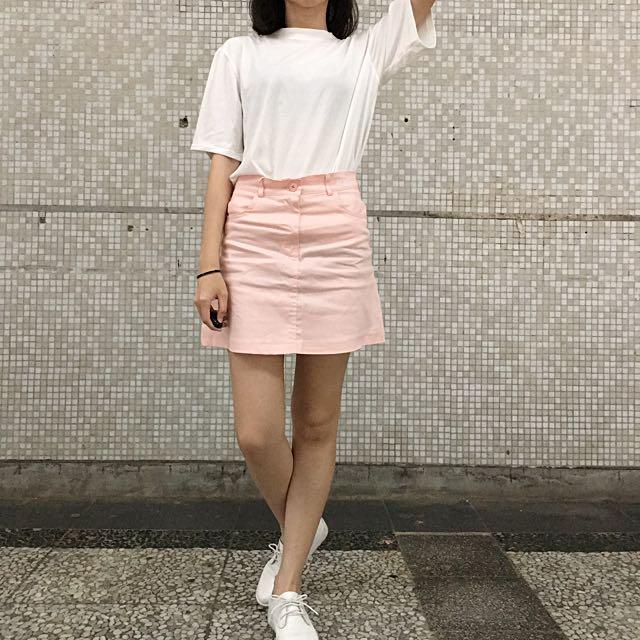 粉色字母A字短裙