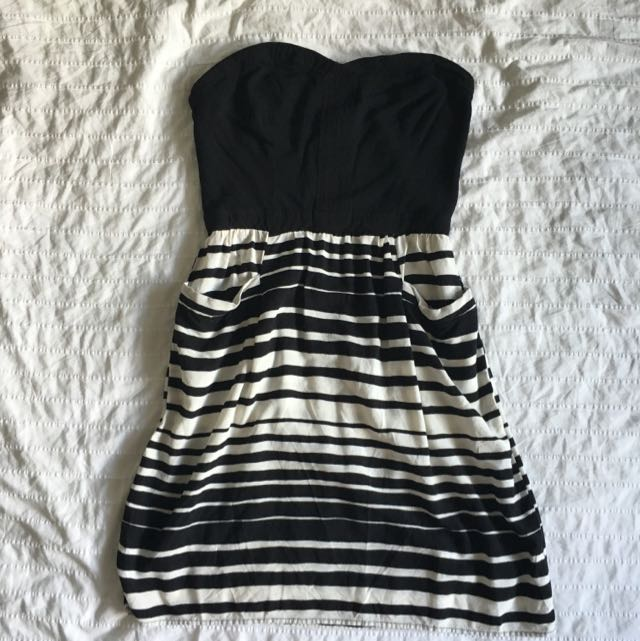 Black & White Striped Strapless Summer Dress