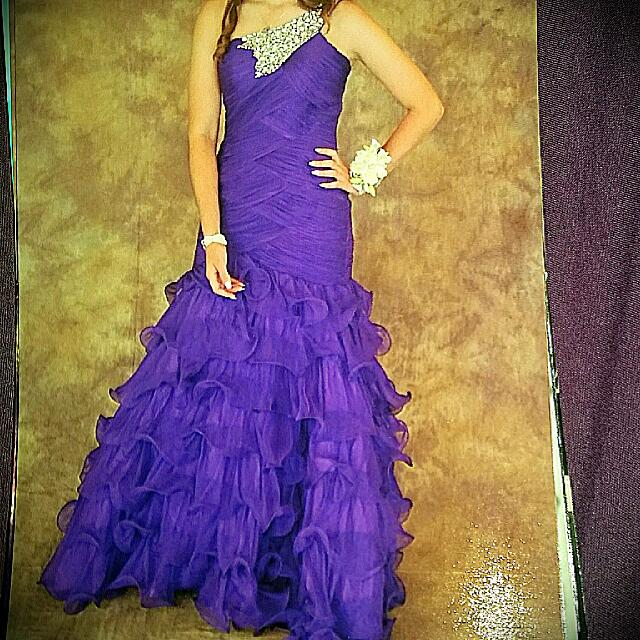 For Hire _ Purple Prom/ Formal Dress