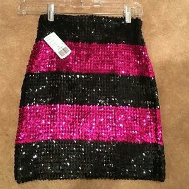 FREE POST: Forever 21 Pink And Black Sequin Skirt