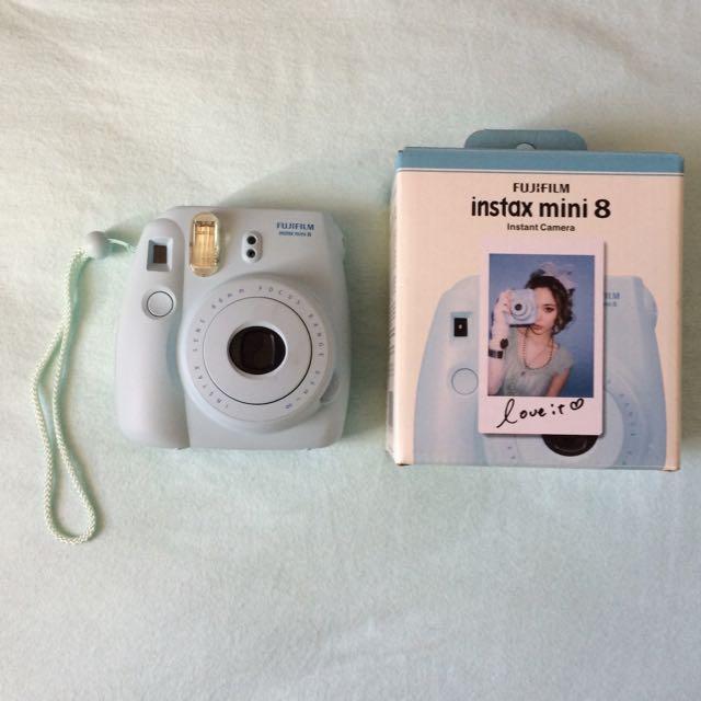 *PENDING* FujiFilm Instax Mini 8 Instant Camera