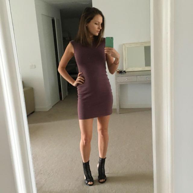 Kookai Body con Dress Size 1 (Wine Colour)
