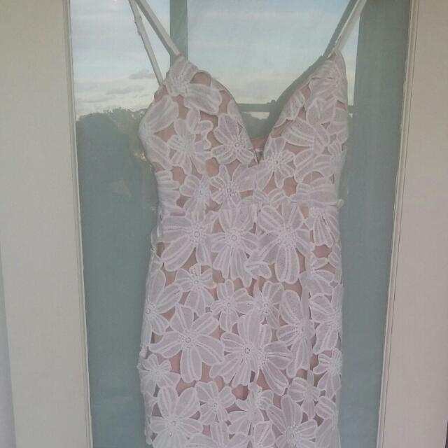 #1212sale Sexy White Lace Bodice Dress With Sheer Long Skirt. Stunning! Size 10 - 12.  *Guaranteed To Turn Heads!*