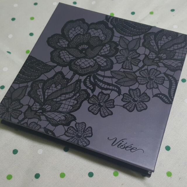 免運【限定款】VISEE 蕾絲幻彩眼影盤 BR-2