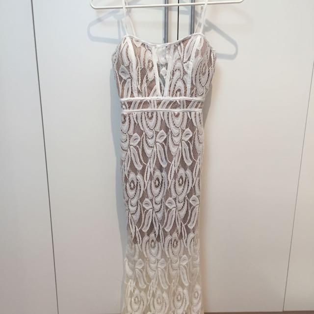 White Closet Size 6 Dress