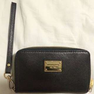 Michale Kors Small Black Pouch