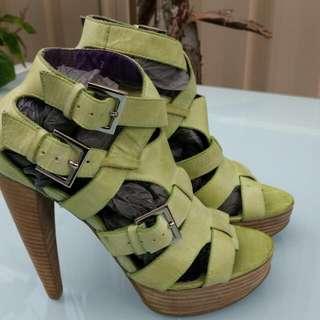 Stiletto Lime Leather Straps