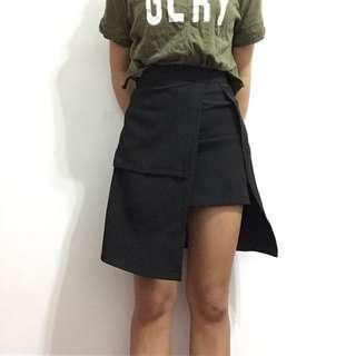 不對稱造型窄裙