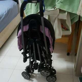 🚚 Combi Miracle Turn Stroller