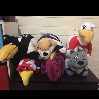 Pillow pets - AFL & NRL & the pink monkey!!! URGENT NEEDS TO BE GONE