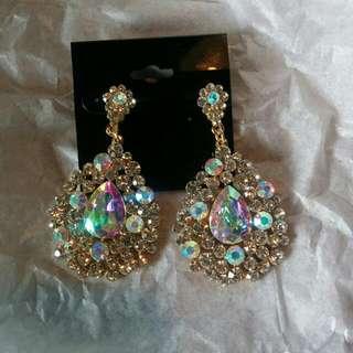 opal gold earings
