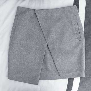 Alice In The Eve Asymmetric Skirt (Size 6)