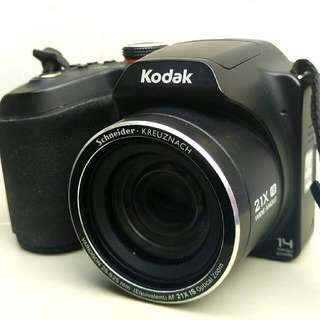 Kodak Easyshare Z5010 - 14 MP - 21X Optical Zoom - Hitam