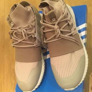Authentic Adidas Tubular Doom