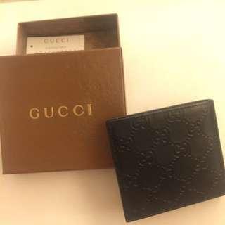 全新Gucci