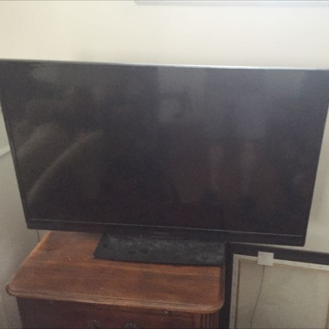 40 Inch INSIGNIA HDTV FOR SALE