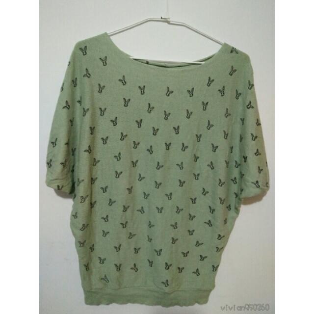 【全新】兔子圖案針織衫 墨綠色