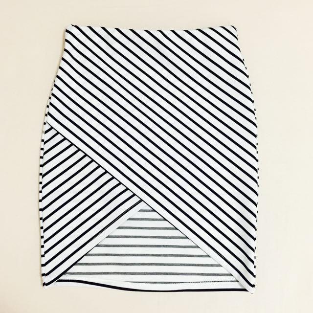 (全新) 黑白條紋不規則交叉窄裙 短裙 包裙