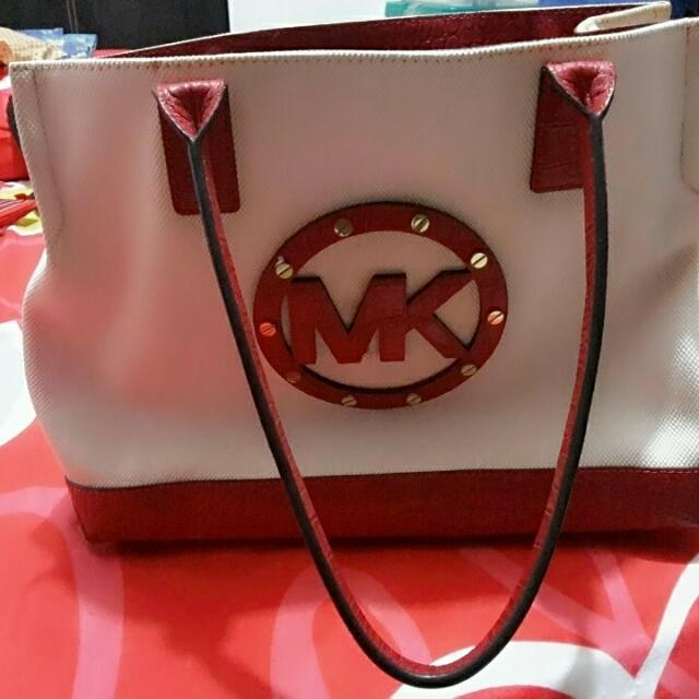 d3b6466221a1 PRICE REDUCED... AUTHENTIC Michael Kors Ladies Bag, Women's Fashion ...