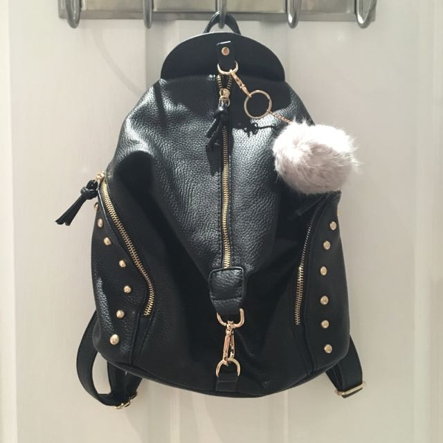 BLACK AND GOLD STUDDED FAUX LEATHER BACKPACK