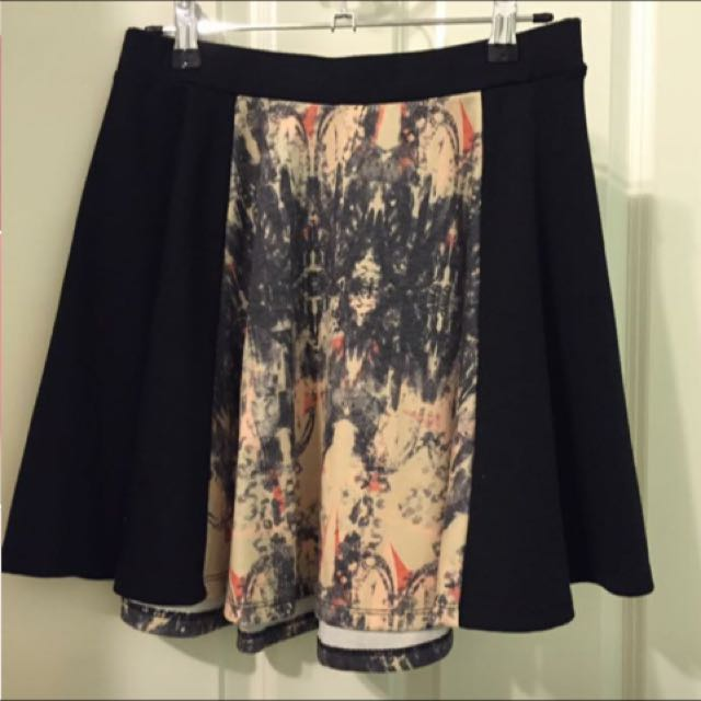 Black And Panel Skirt. Size S.